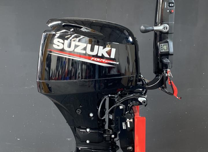 Suzuki 40 PK EFI